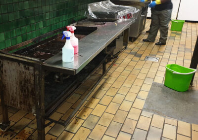 Steam-X-treme-workers-cleaning-kitchen